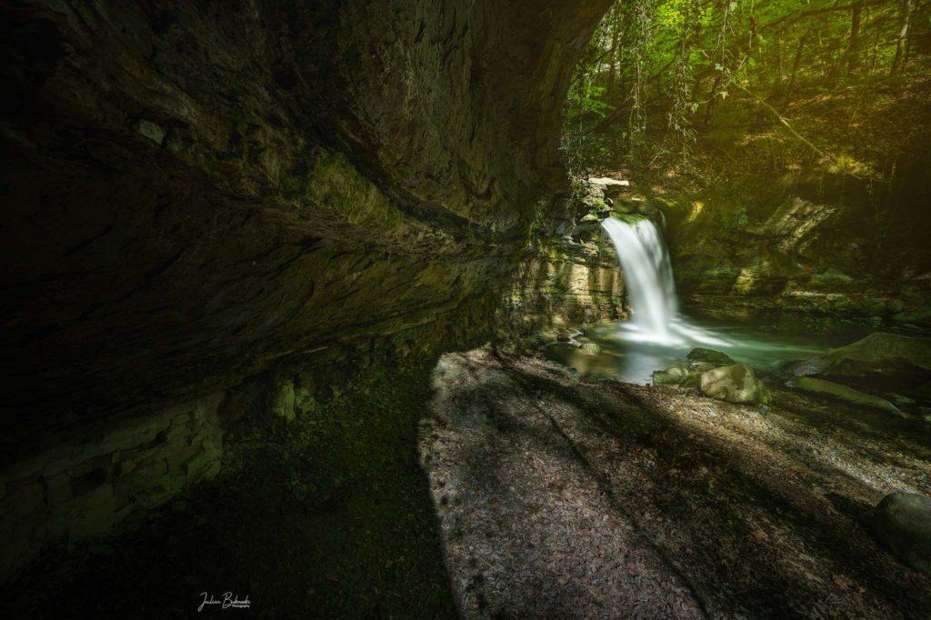Cascade de la Mèbre (Suisse)