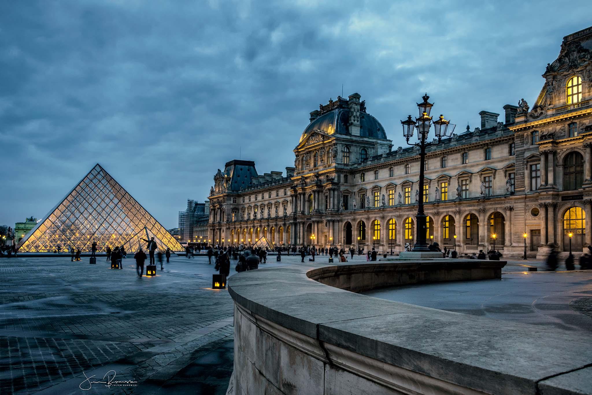 Louvre (Paris - Suisse)